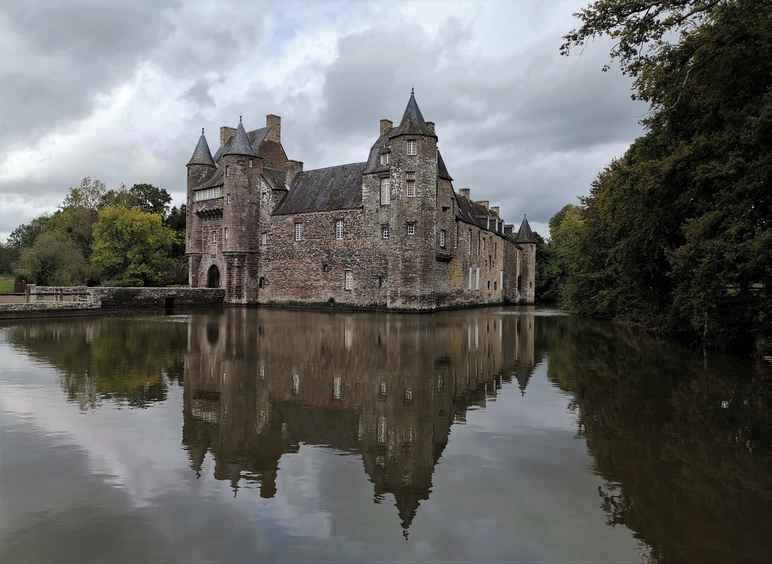 trecesson-chateau-brittany-broceliande